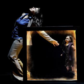 Georgina Roberts as Lily © Gecko Theatre