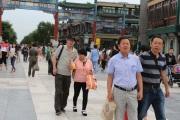 Shoppers in Qianmen, Beijing, Sept 2014 © Cas Sutherland