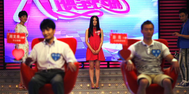 A participant introduces herself during the recording of an episode of